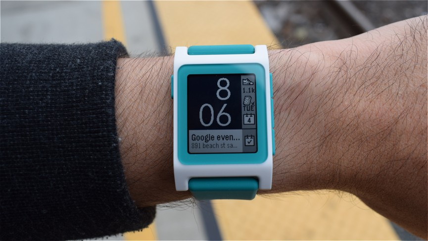 Pebble 2 Review Design