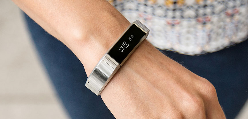 review fitbit alta hr vs fitbit alta